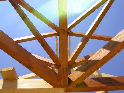 Ξυλεία & Υλικά για Κατασκευή/Επισκευή Στέγης/Πέργκολα