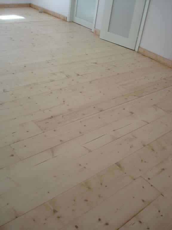 Πάτωμα παρκέ πεύκο